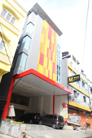 Miko Hotel Deluxe Room - Makassar City - Bed & Breakfast