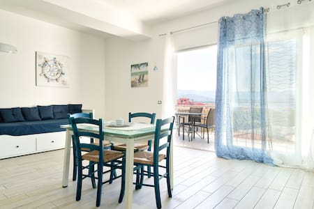 'In Caminera' Panoramic view apartment in Arbatax