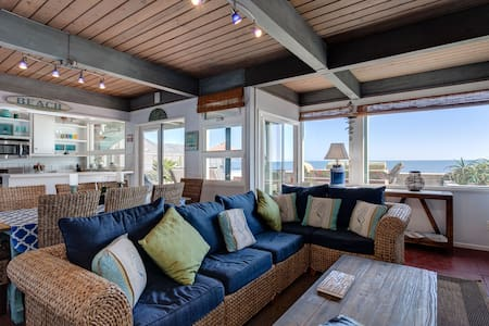 Oceanfront Dolphin House on the Sand - Ventura - House