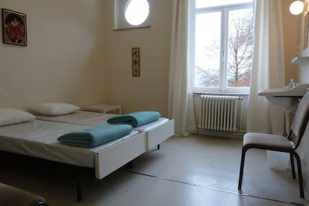 chambre deux lits jumeaux - Dinant
