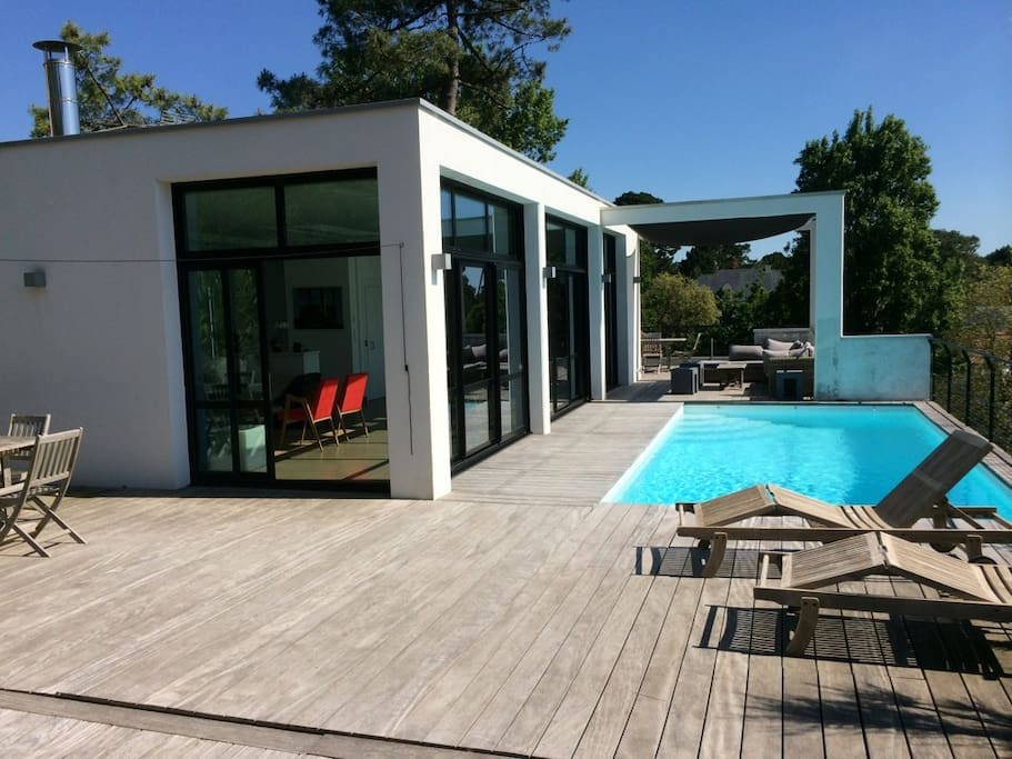 villa 300m avec piscine chauff e maisons louer la baule pays de la loire france. Black Bedroom Furniture Sets. Home Design Ideas
