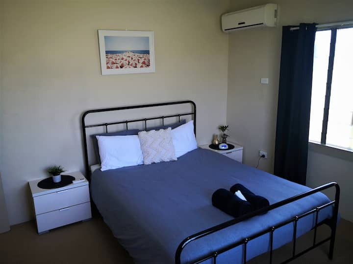 Home at Haymarket 2BR close to Stadium/Mater Hosp