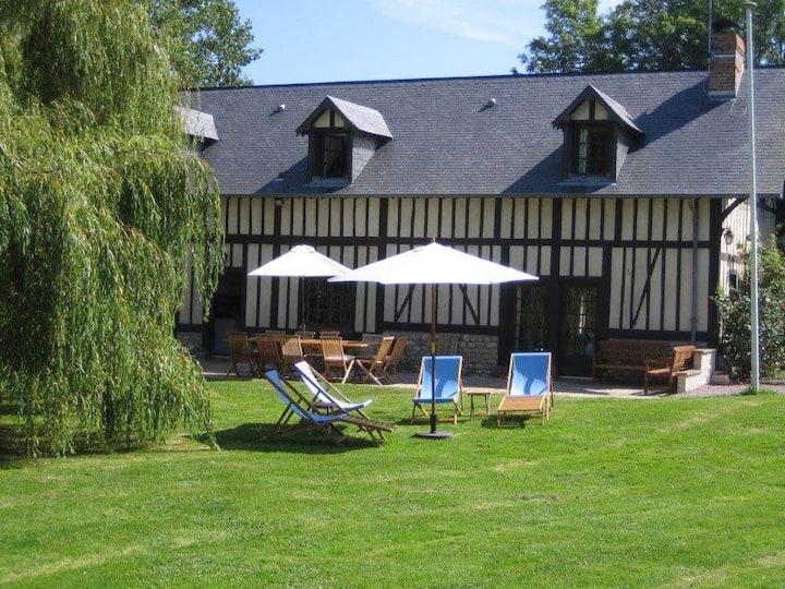 Superbe demeure proche Deauville bord de mer PMR