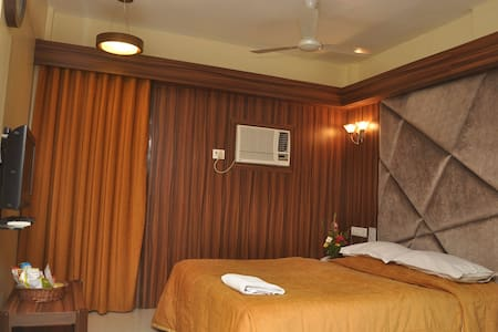 Deluxe Room with Breakfast(Hotel in Bandra West)A - Bombay
