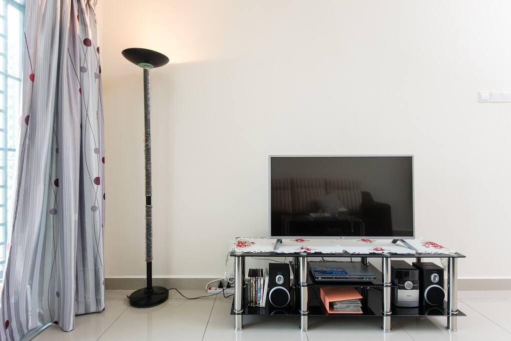 Smart tv & DVD player