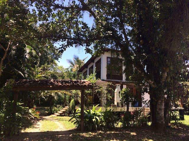 Praia Cambury - Casa charmosa no sertão do Piavu