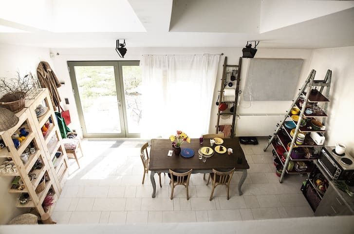 Maisonette near forest and pool - Praga - Casa