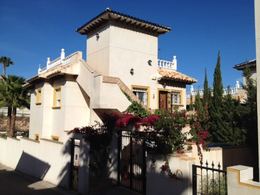 Totally private ground floor 2 bed apartment within a detached villa.