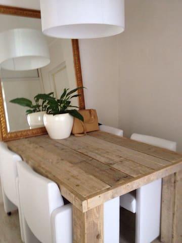 Volledig Appartement te Amsterdam - Amsterdam - Huoneisto