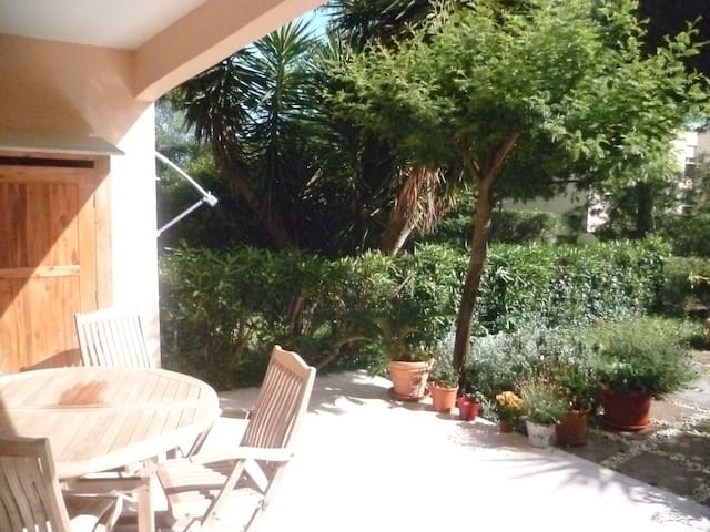 Nice 1bedroom flat 45m² with garden - Golfe juan - Apartment