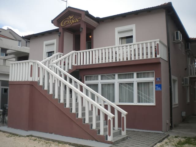 Pansion Crnjac - Medjugorje - Bed & Breakfast