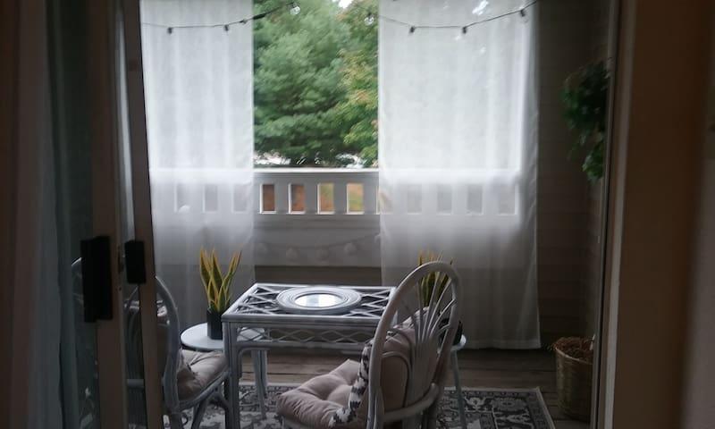 Cozy Retreat in Fredericksburg