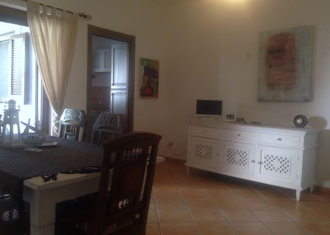 Appartamento Borgo San Basilio - Pisticci - Leilighet