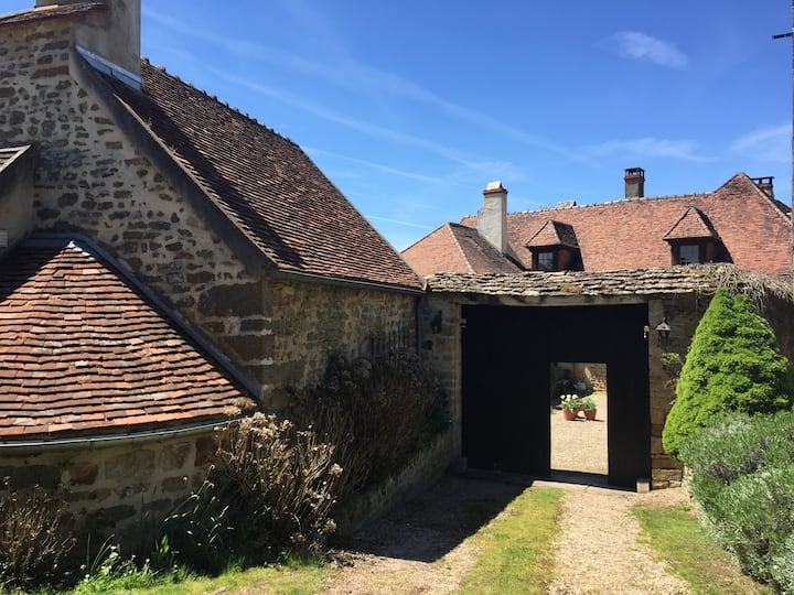 """Well Cottage"" en Bourgogne"