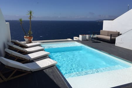 Modern house with stunning seaview - Sta Eulalia - Cottage