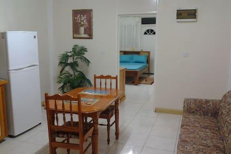 Fairwinds Apartments - Apartament