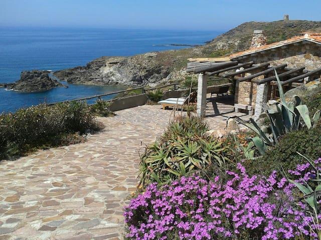 villa con bellissima vista sul mare