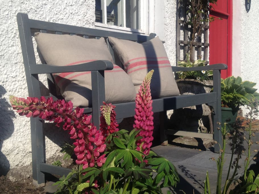 A sunny seat outside the cottage….perfect for watching the world go by!