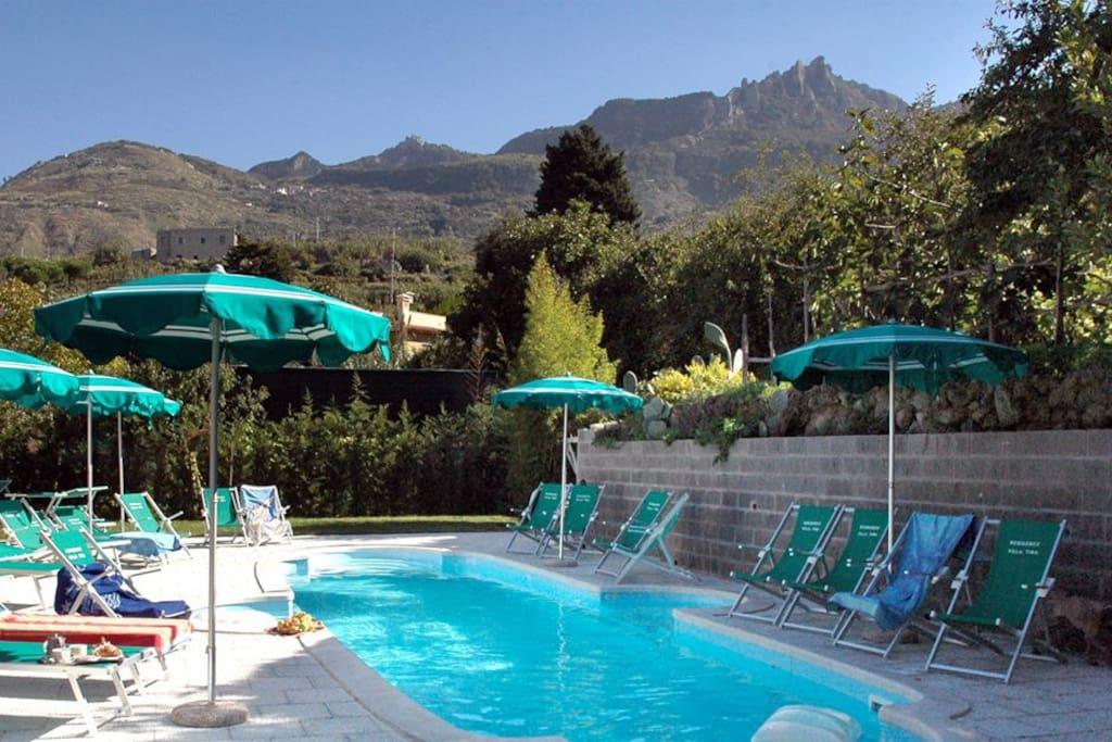 Residence villa tina forio d 39 ischia pernottamento e - Bagno italia ischia ...