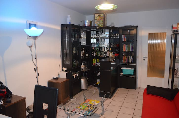 "Great location between fairground and ""Altstadt"" - Düsseldorf - Appartement"
