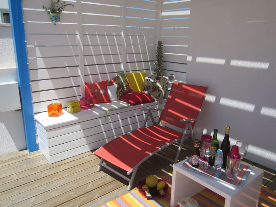 Relax in your luxury sunny private Cabanas