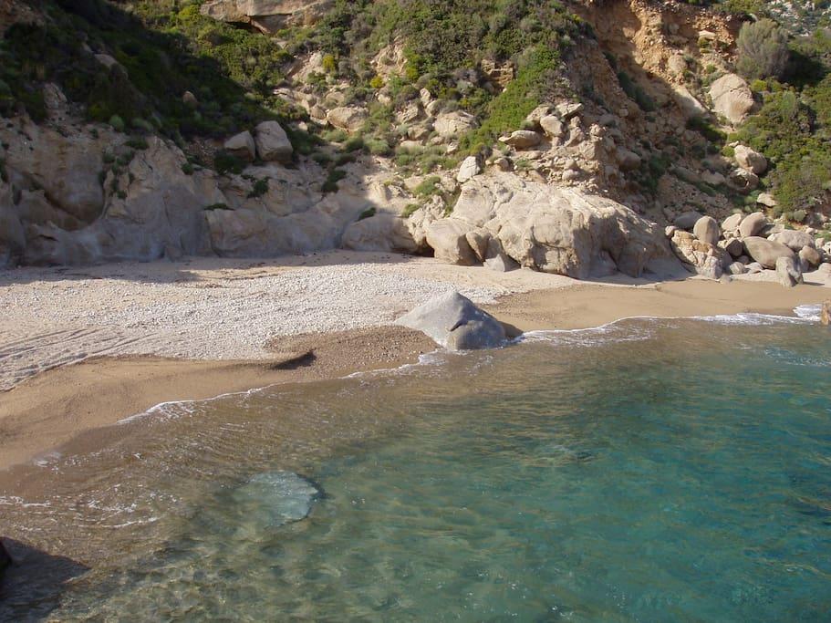 FERODI BEACH