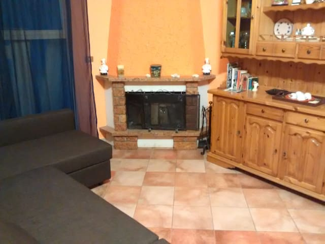 Large apartment near Taormina - Chianchitta-pallio - Departamento