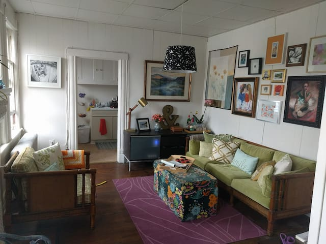 Creative Colorful Apartment Downtown - Glens Falls