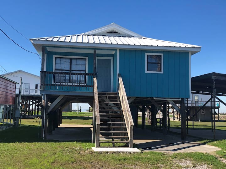 Seabreeze IV is a 3 bedroom/ 2 bath in Grand Isl