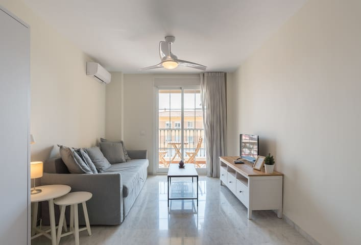 ⭐ 3min to Beach⭐Terrace⭐SmartTV⭐Full Kitchen⭐