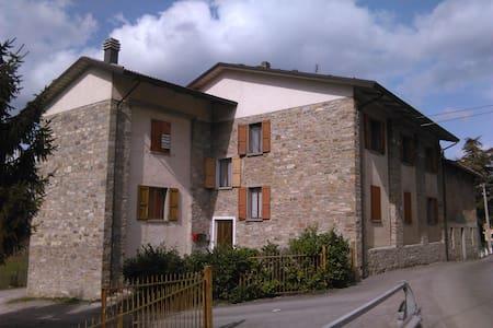 Appartamento a Villa Minozzo - Apartment