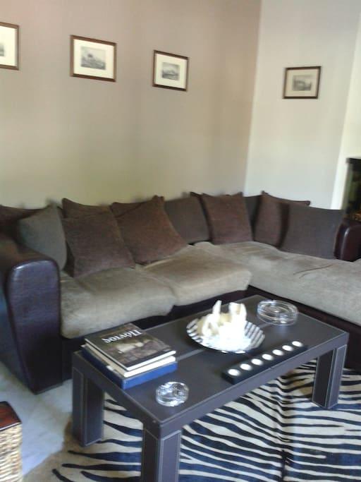 Γωνιακος καναπες Corner sofa