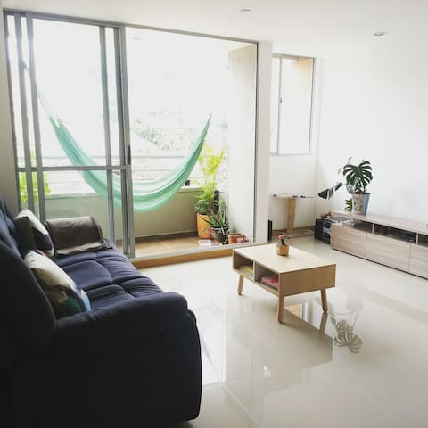Lovely Room in Medellín, near Metro station