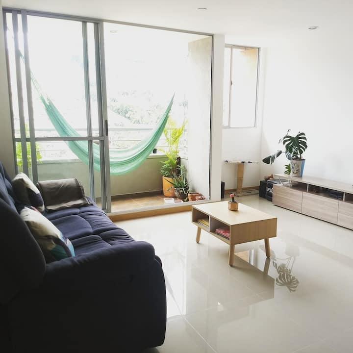 Lovely Room in Medellín, near Metro station
