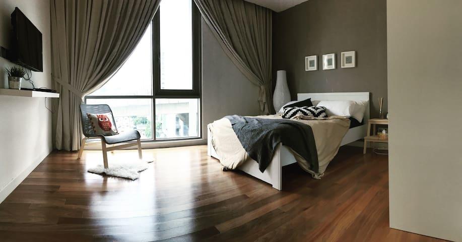Mont Kiara / KL City studio w WIFI - Kuala Lumpur - Apartment