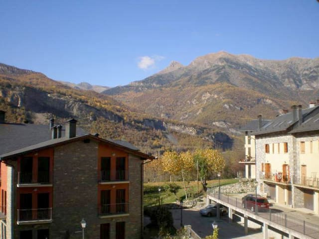 Fantastic Apartment in Sesué, Benasque for 4 pax - Sesué - Appartement