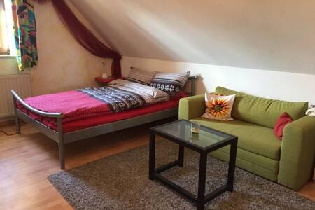 Hübsches Zimmer - Uttenreuth