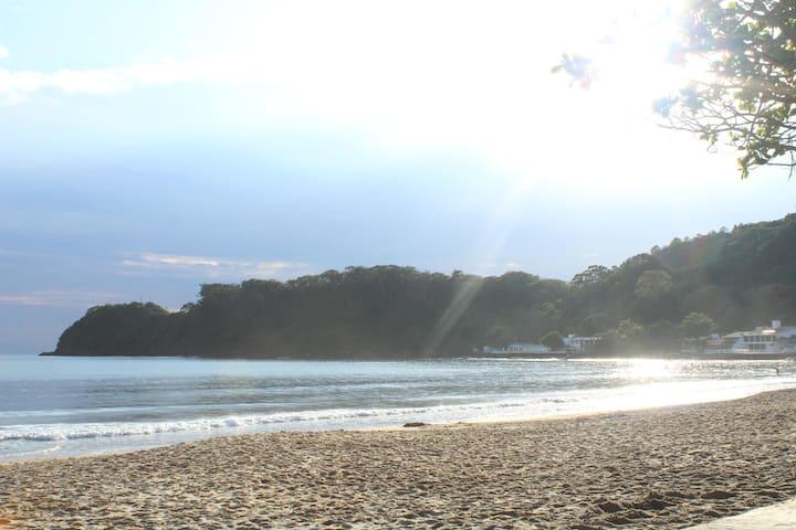 Casa de frente para a Praia de Cabeçudas - Itajaí