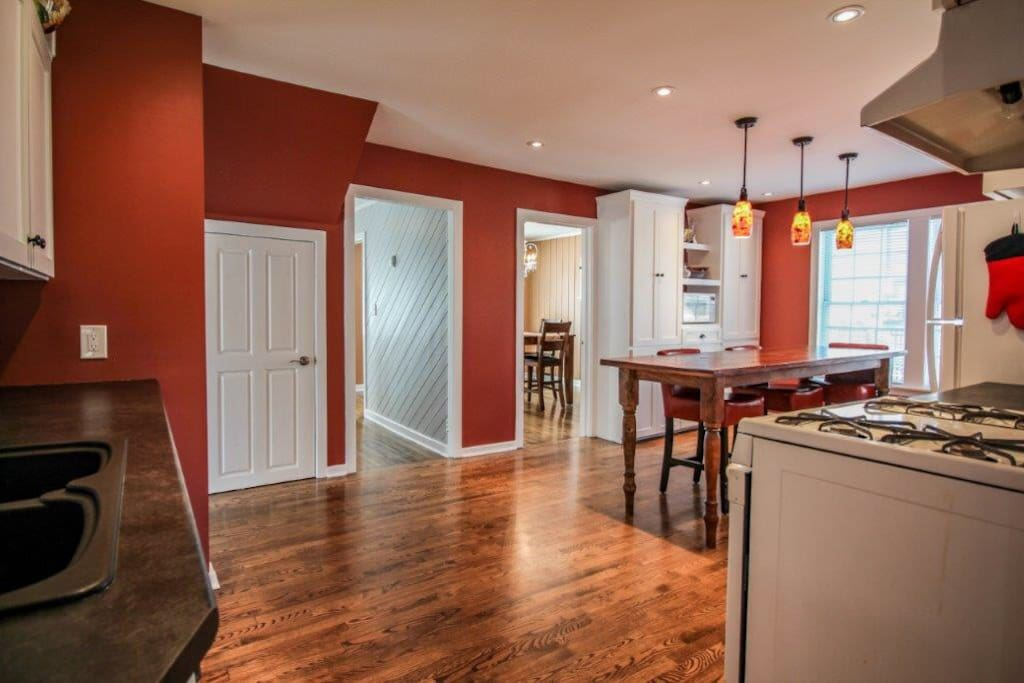 The Kitchen (shared with property manager)
