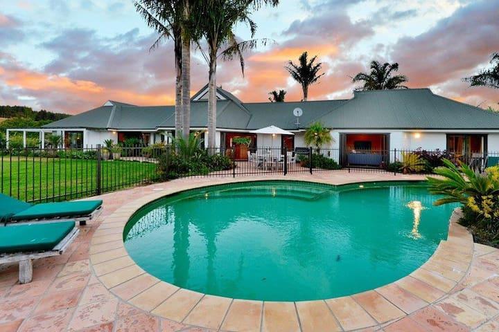 Subtropical Paradise in Coatesville - Auckland - Villa