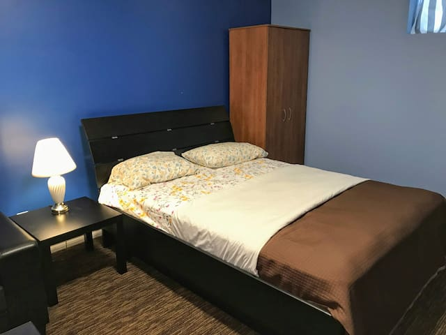 Studio suite near Edmonton International Airport.