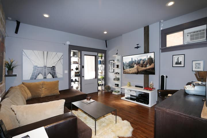 New York Style Apartment In SLC!