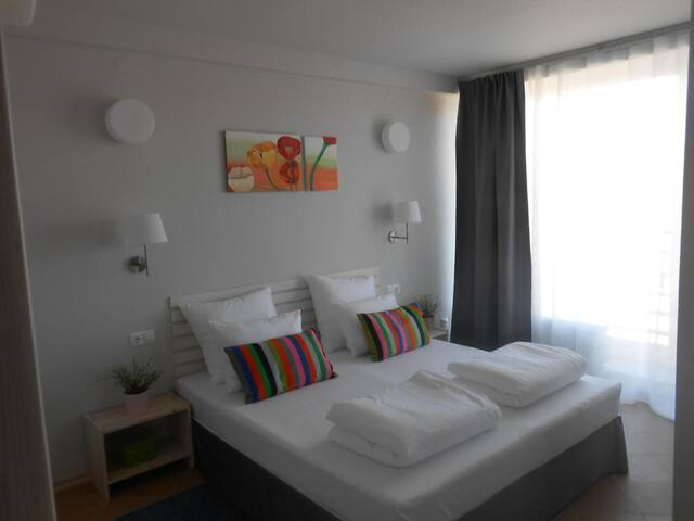 LoyaL guest house
