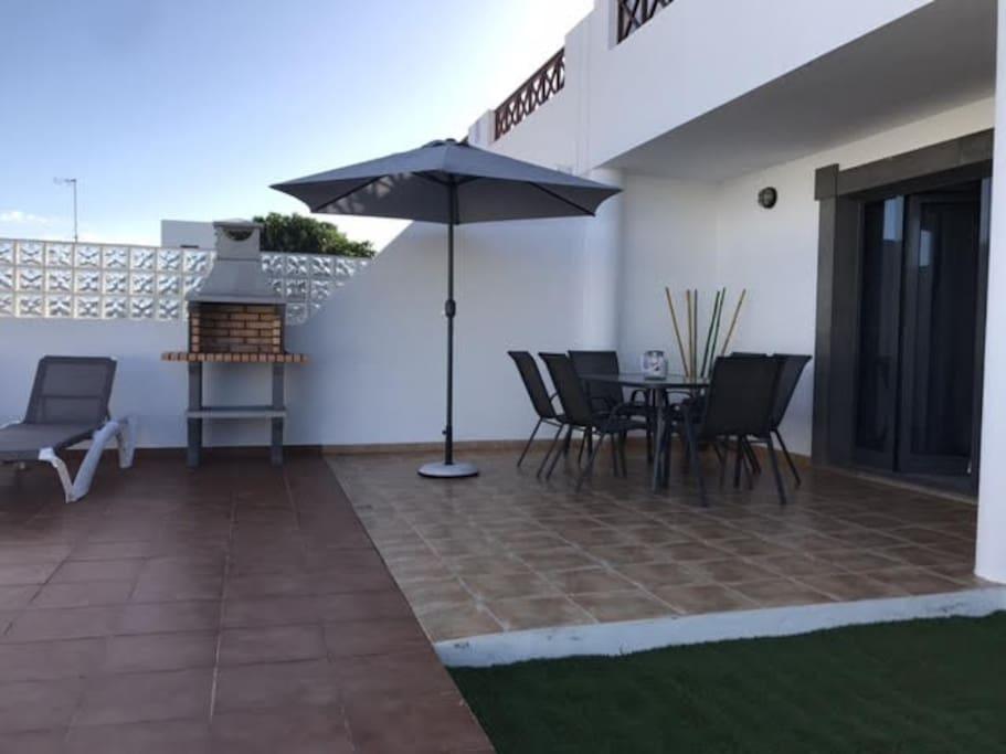 Terraza privada con bbq y piscina privada