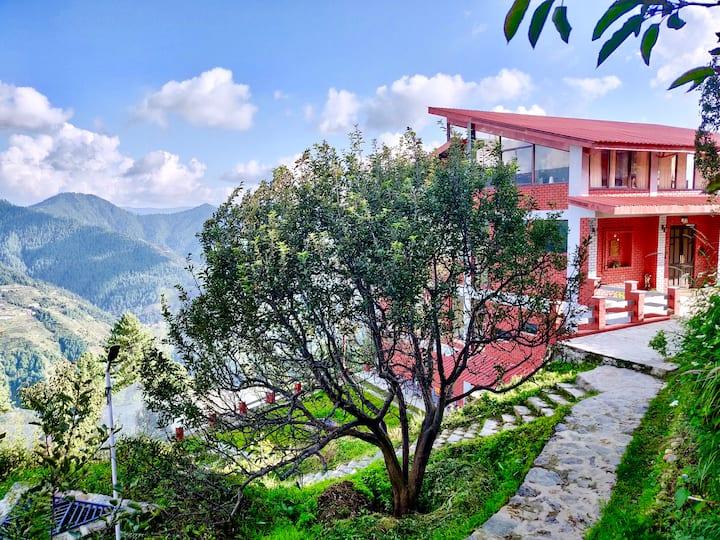 The Shilaroo Project - a unique mountain home