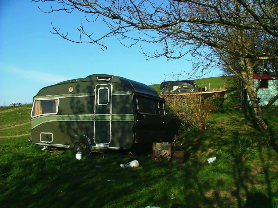 Caravan and boatel