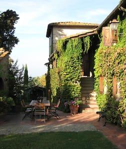 "Lupinati ""Girasole"" avec piscine - Greve in Chianti"