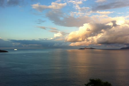 Spectacular Oceanview Condo!