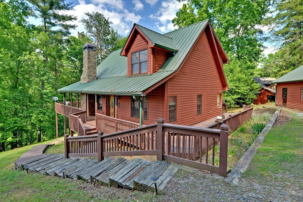 Blue ridge ellijay dream retreat cabins for rent in for Ellijay cabins for rent by owner