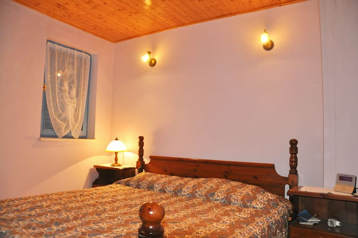 Quiet holiday close to the sea 3 - Ivanica - House
